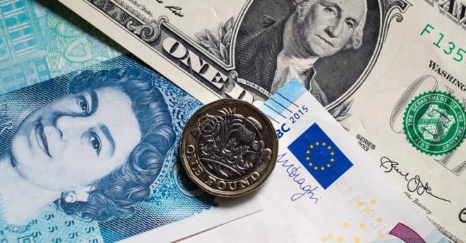 tiền mỹ - euro